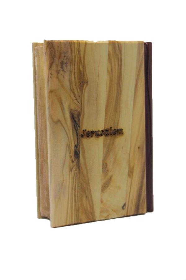 La Sainte Bible Couverture rigide en bois  d'olivier ( French )